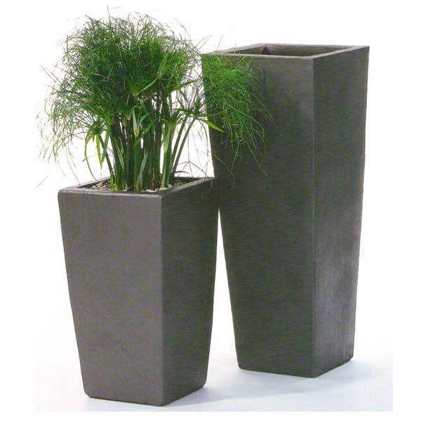 keramikgef e in vielen formen und farben f r innen u au en. Black Bedroom Furniture Sets. Home Design Ideas